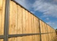 Kwikfynd Lap and Cap Timber Fencing agnes